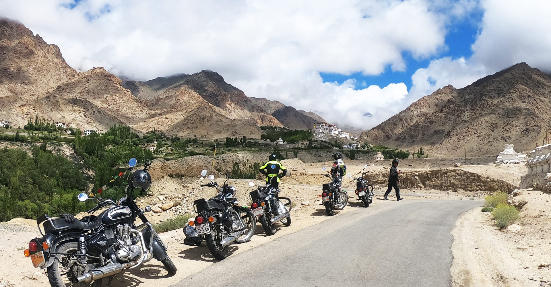 Ride on Khardung la pass
